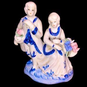 Porcelain figurine Ceramic Germany Couple Gold